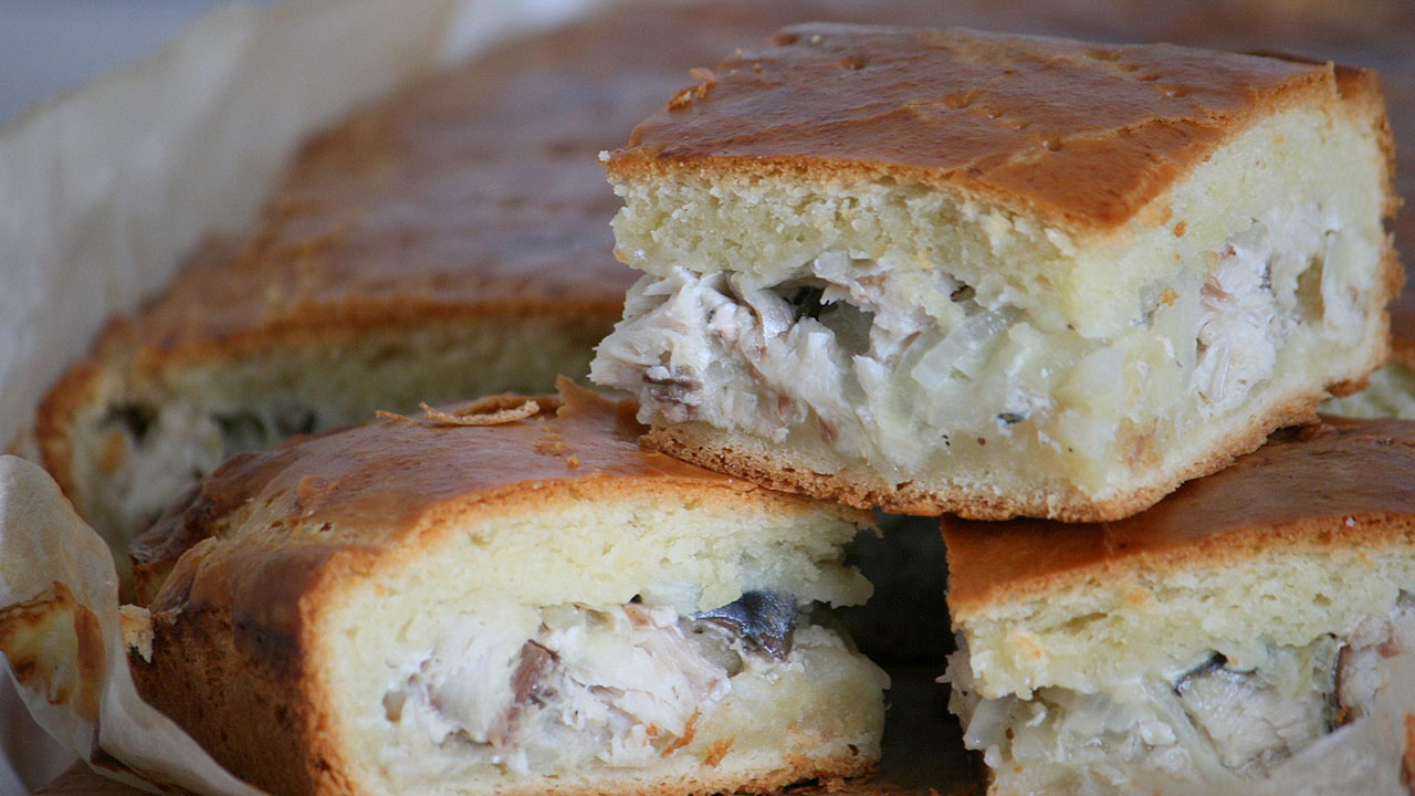 пирог с сайрой и картошкой